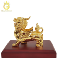 Tượng Tỳ Hưu đồng mạ vàng (15cm x 12cm)