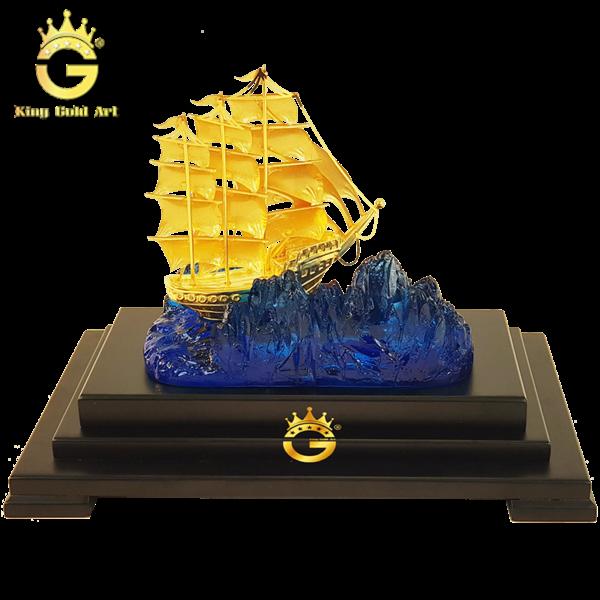 Mô hình thuyền buồm quà tặng vàng