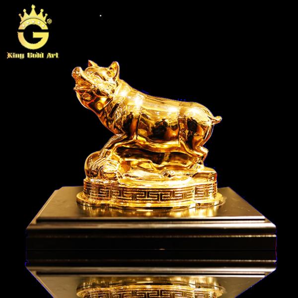 Quà tặng linh vật phong thủy, tượng heo đồng mạ vàng