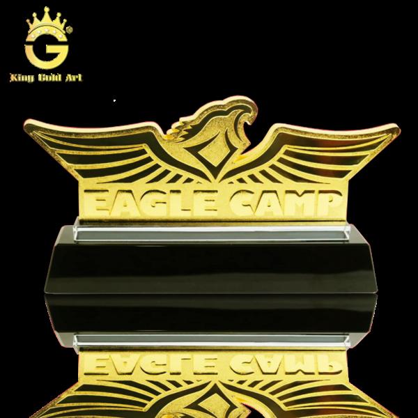Biểu tượng Eagle Camp - Đại Bàng tung cánh dát vàng 24k