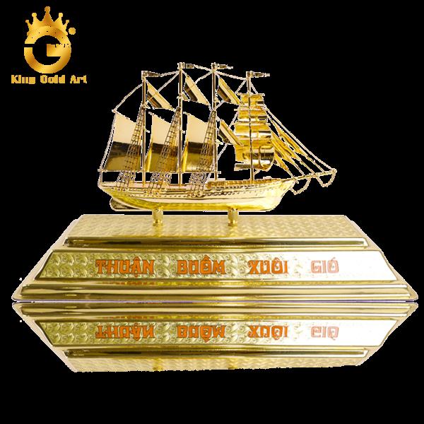 Quà tặng thuyền buồm dát vàng 24k